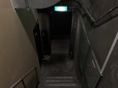薫個展「ノウテイカラノ」入り口